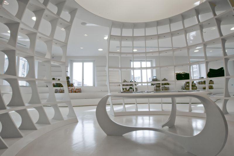 ALV showroom. Design, Fabio Novembre – Courtesy: Hi-Macs, LG Hausys